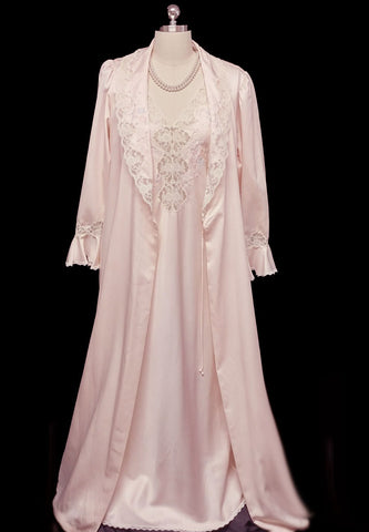 VINTAGE SARA BETH BRIDAL GLEAMING SATIN PEIGNOIR & NIGHTGOWN SET SPRINKLED WITH PEARLS, EMBROIDERY & LACE FROM LORD & TAYLOR