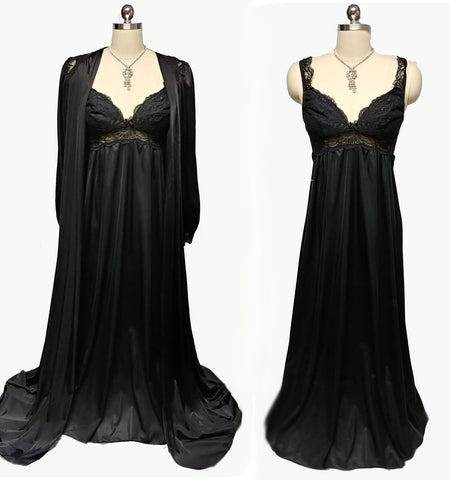 VINTAGE SCAASI LACE NIGHTGOWN & OLGA HOLLYWOOD STYLE PEIGNOIR IN CAVIAR