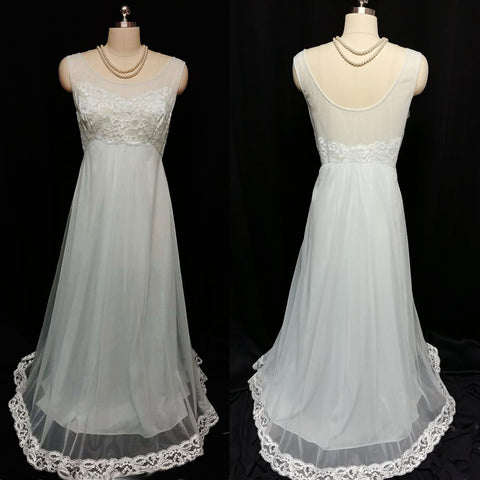 VINTAGE SHADOWLINE NIGHTGOWN DRIPPING IN LACE & PEARLS IN BABY BLUE - SIZE LARGE