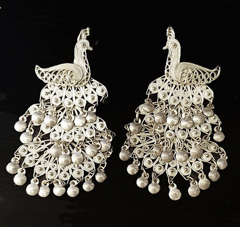 VERY FEMININE & GLAMOROUS SILVER TONE 3-TIER MOVABLE PEACOCK EARRINGS