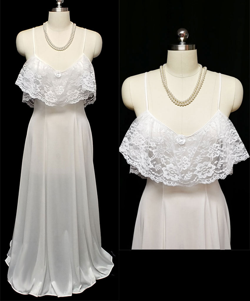 VINTAGE SOFT MOMENTS NEW YORK BRIDAL TROUSSEAU EXQUISITE LACE NIGHTGOWN IN SOUTHERN MAGNOLIA