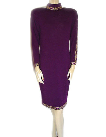 VINTAGE ST. JOHN EVENING SANTANA KNIT ADORNED WITH SPARKLING PAILETTES AND RHINESTONES KNIT EVENING DRESS IN PLUM BEAUTIFUL
