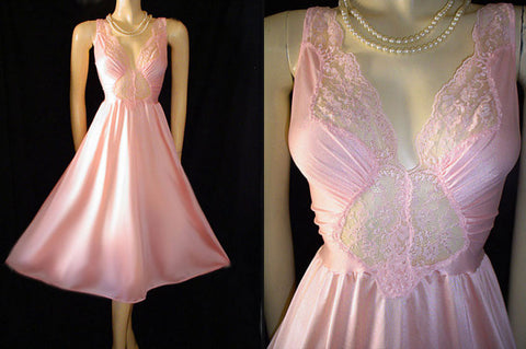 VINTAGE OLGA RARE STYLE SPANDEX LACE NIGHTGOWN IN TICKLE ME PINK - SIZE LARGE
