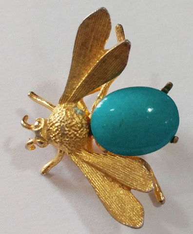 VINTAGE BUMBLE BEE PIN / BROOCH WITH A FAUX TURQUOISE BODY