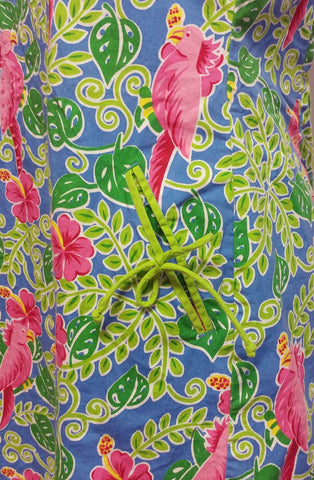 ADORABLE SUMMER COCKATOO PARROT HOT PINK & GREEN SHIFT DRESS - PERFECT FOR SHOPPING, AT HOME OR VACATION