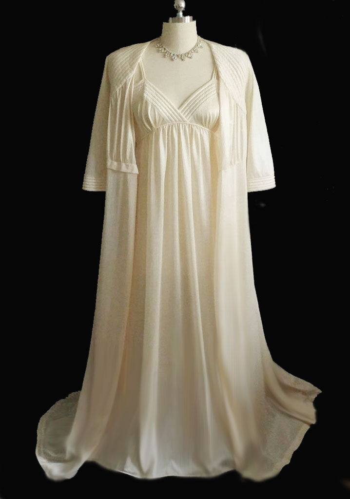 SOLD - ORDER #1243 - SUBSTITUTED THIS SET FOR ANOTHER VAL MODE - VINTAGE VAL MODE BRIDAL TROUSSEAU QUILTED PEIGNOIR & EMPIRE STYLE NIGHTGOWN IN CORNSILK