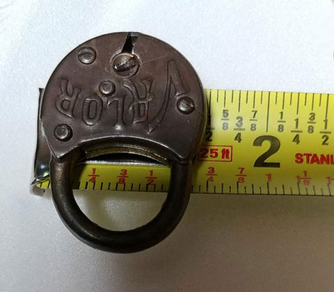 VINTAGE VALOR HEAVY METAL ROUNDED PADLOCK