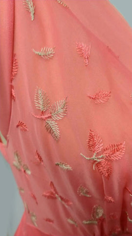 BEAUTIFUL VINTAGE VANITY FAIR EMBROIDERED LEAVES NYLON & CHIFFON NIGHTGOWN IN PAPAYA