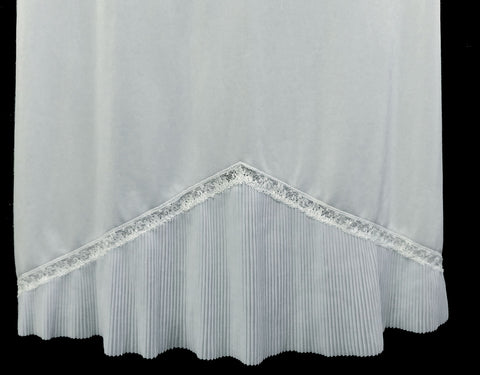 VINTAGE VANITY FAIR CRYSTAL PLEATED LACE HEM IN BABY BLUE