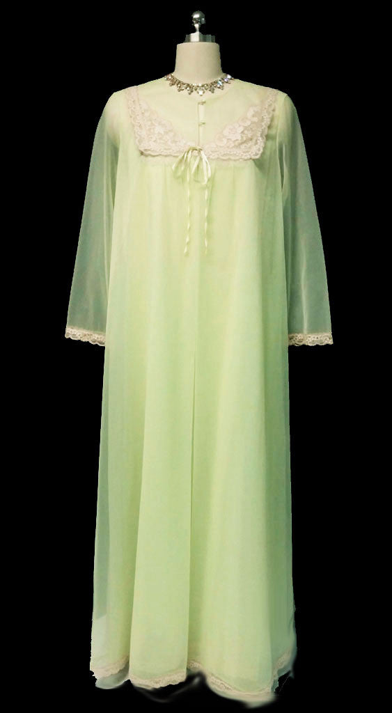 VINTAGE VANITY FAIR DOUBLE NYLON PEIGNOIR & NIGHTGOWN SET WITH ECRU ...