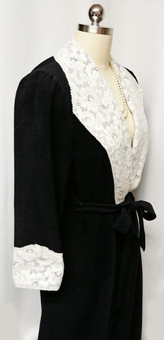 VINTAGE VANITY FAIR VICTORIAN-LOOK BLACK VELOUR ROBE DRESSING GOWN WITH LACE COLLAR & CUFFS - MADE IN THE U.S.A.