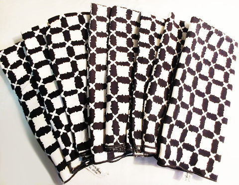 VINTAGE '60s / '70s VERA NEUMANN 8 GEOMETRIC BLACK & WHITE COTTON NAPKINS