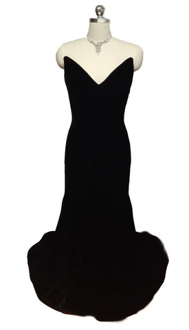 SPECTACULAR VINTAGE VICTOR COSTA FROM SAKS FIFTH AVENUE BLACK VELVET EVENING GOWN