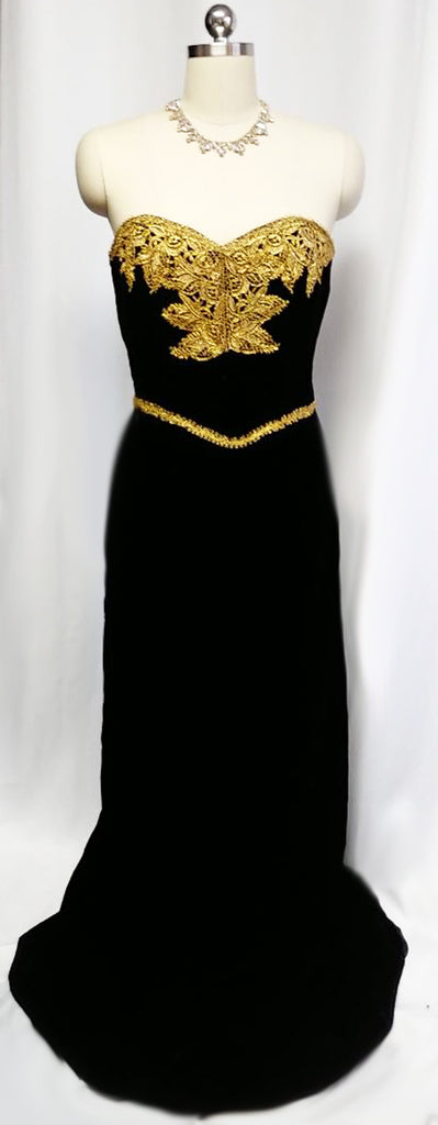 GORGEOUS VINTAGE 1980s VICTOR COSTA FROM I MAGNIN BLACK VELVET EVENING GOWN WITH FABULOUS GOLD METALLIC LACE