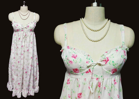 VINTAGE VICTORIA'S SECRET COUNTRY GIRL SET IN BRA NIGHTGOWN ADORNED WITH ROSES