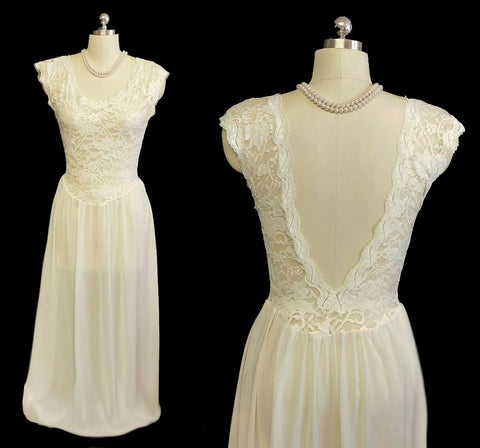 VINTAGE VICTORIA'S SECRET BRIDAL TROUSSEAU SPANDEX LACE NIGHTGOWN WITH BEAUTIFUL BACK IN CANDELIGHT