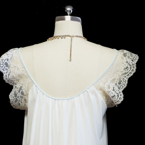 MG1290 - #1 - SOLD - VINTAGE VICTORIAN-LOOK VAN RAALTE BRIDAL TROUSSEAU NIGHTGOWN WITH HUGE LACE COLLAR & FLOUNCE WITH FABULOUS COBWEB LACE