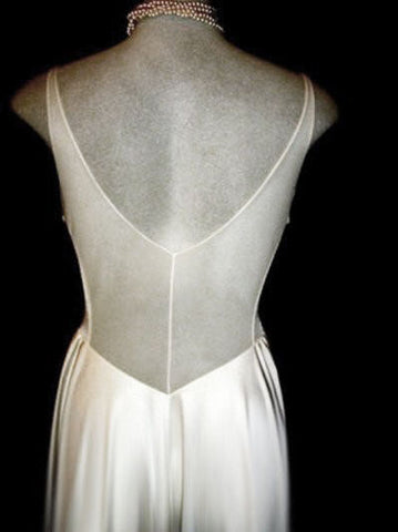 VINTAGE OLGA RARE DESIGN ALL-LACE BODICE & SHEER BACK NIGHTGOWN IN MOONBEAMS