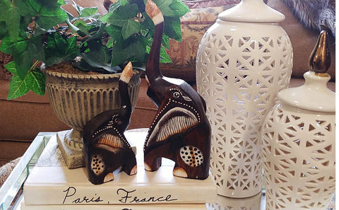 VINTAGE AFRICAN HAND PAINTED AND CARVED MOTHER & BABY WOOD ELEPHANTS FIGURINES