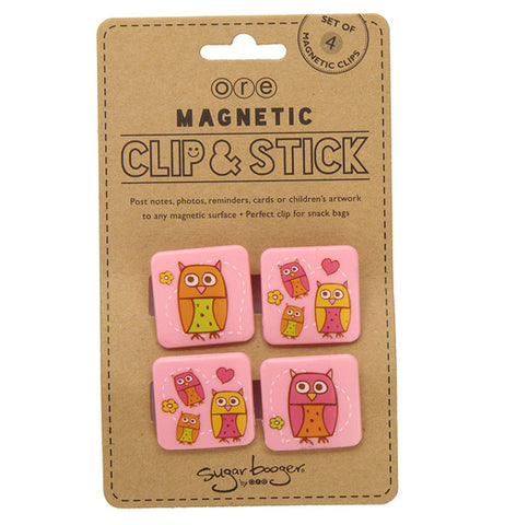 Set of 4 pink magnets with owls in it's packaging.