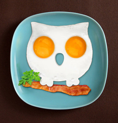 The eggs are made in an owl shape as a result of the owl-shaped mold.