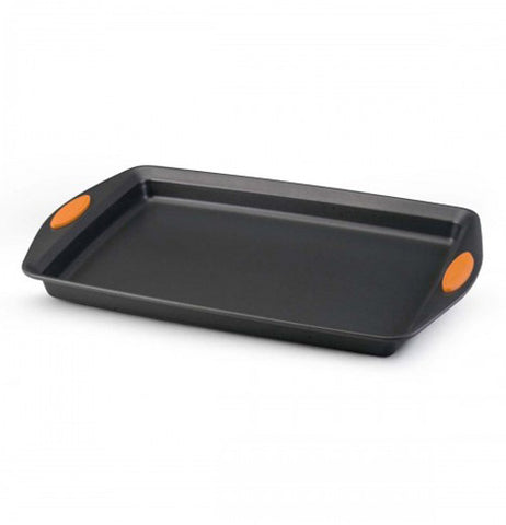 Black cookie sheet with a orange on both handles.