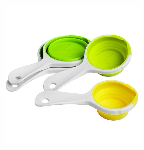 4 set pinch + pour collapsible measuring cups 3 are green and 1 is yellow