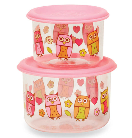 Good lunch snack container with pink orange and yellow owls on them.