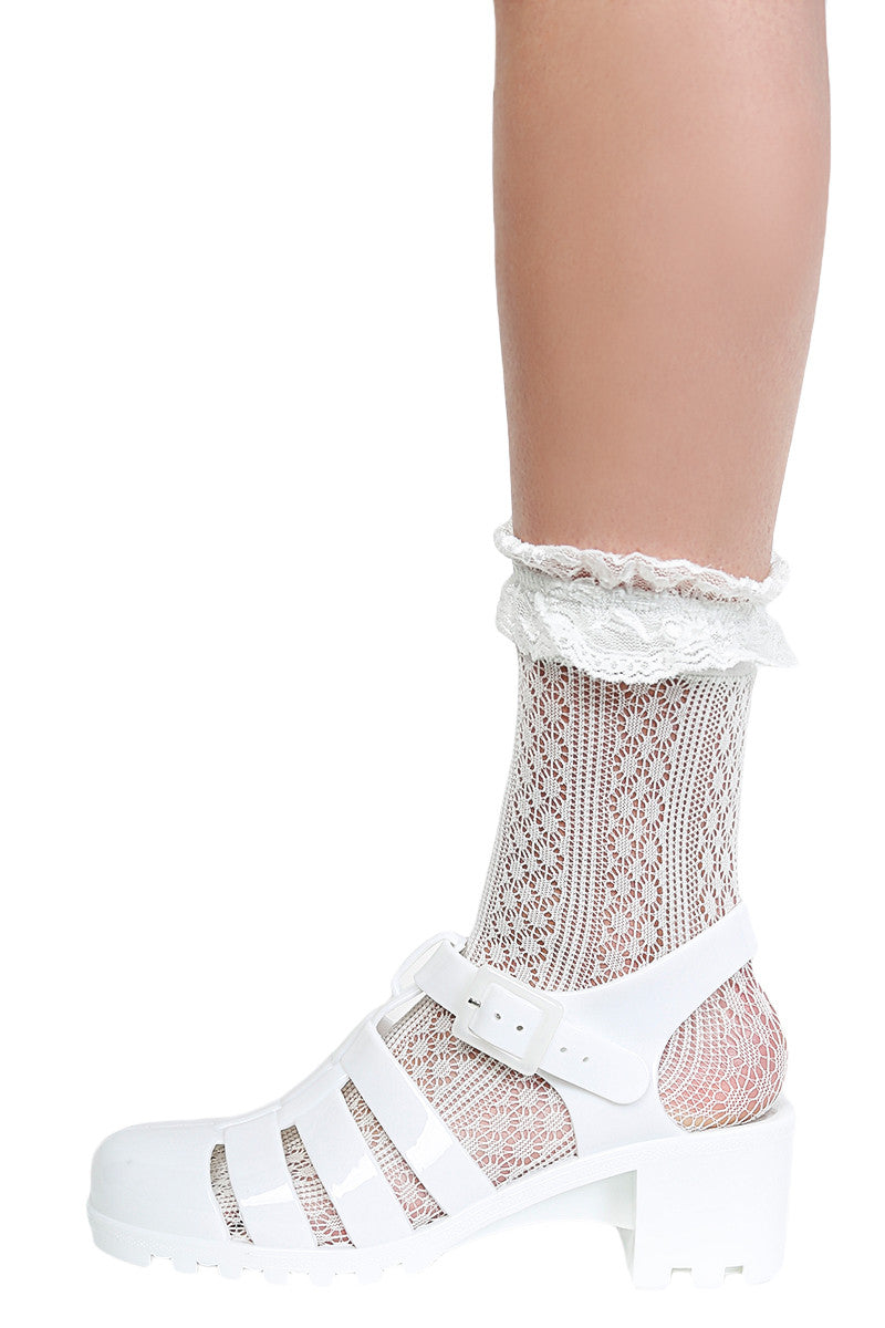 Ruffle Virgin Ankle Socks
