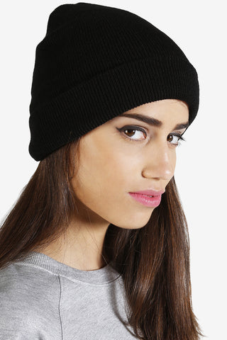 Essential Beanie - Black
