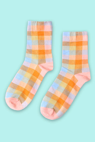 Glad in Plaid Crew Socks - Pink