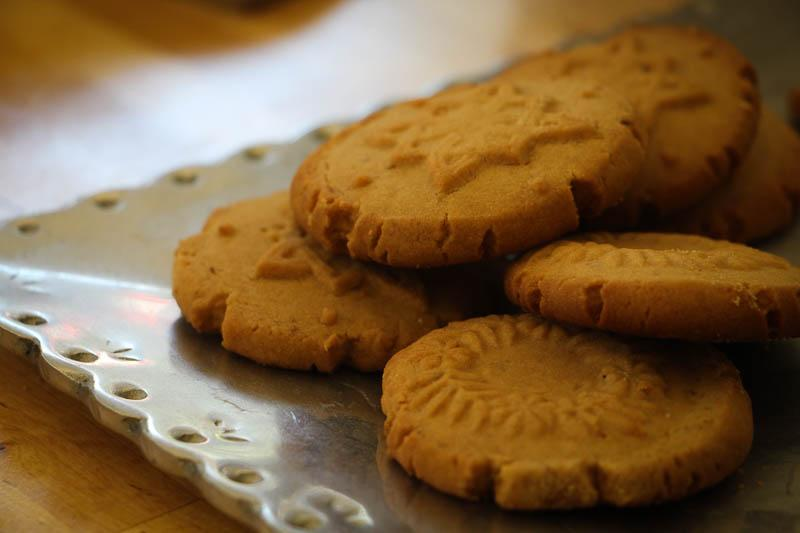 Piloncillo Shortbread Cookies