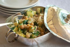 Zucchini with Garbanzos in Yogurt