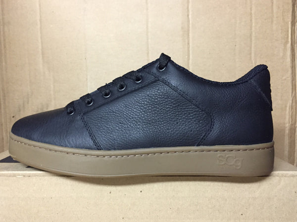 Sound,leather, black with gum outsole