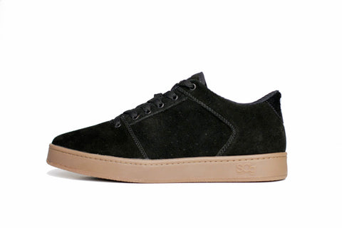 Sound,suede, black with gum outsole