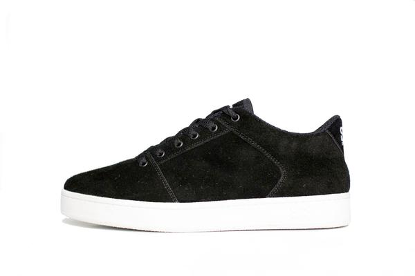 Sound,synthetic suede, black with white outsole