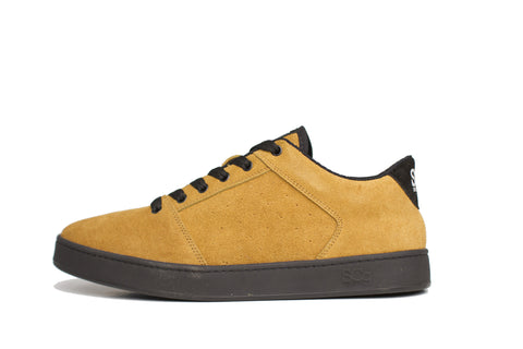 Sound,suede, butterscotch with black outsole