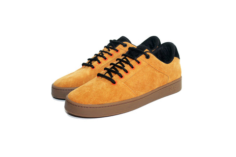 Sound,suede, butterscotch with gum outsole