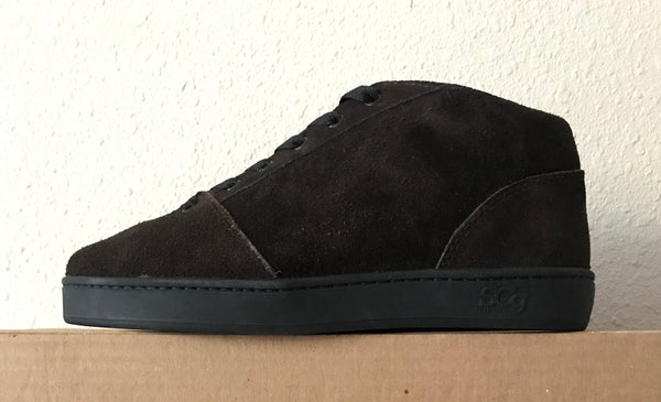 Mid,Suede, chocolate with black outsole