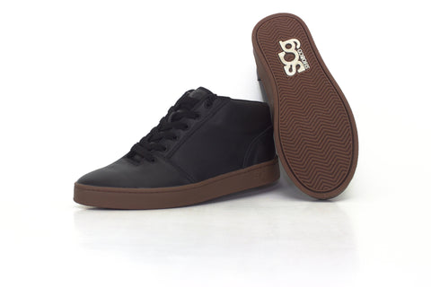 Mid, leather, black with gum outsole