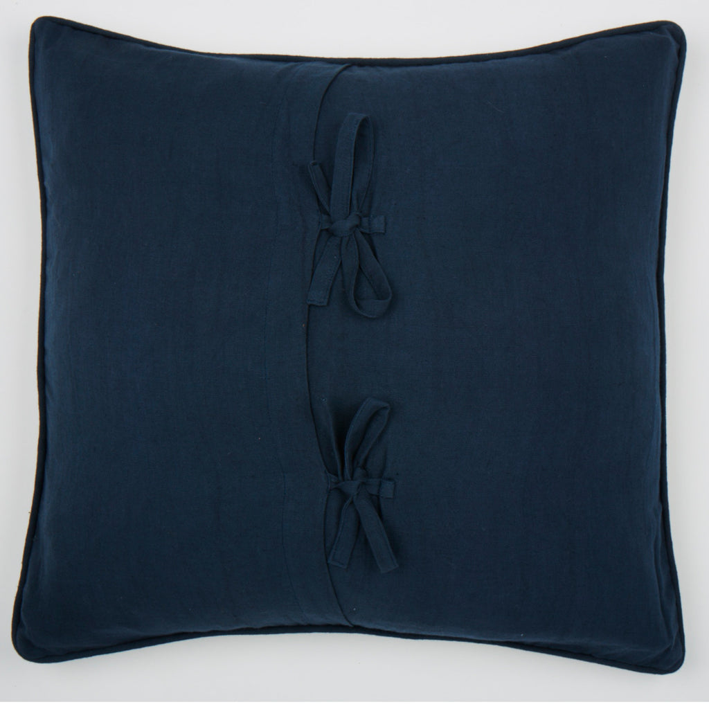 Ludlow navy 22x22, cushion