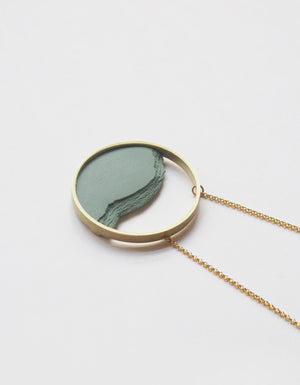 DSNU Gold Circle Frame Necklace, Green
