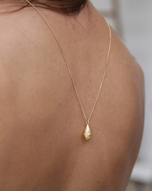 Bread Rain Drop Necklace, Gold