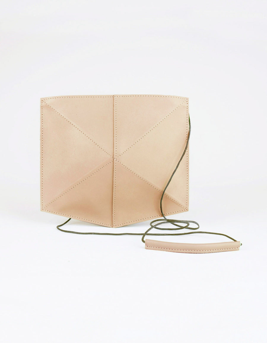 Zand-erover Mini Fold Leather Shoulder Bag, Nude