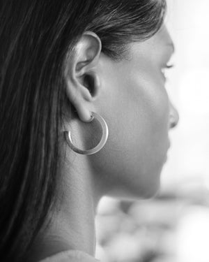 AR.M Solid Hoop Earrings