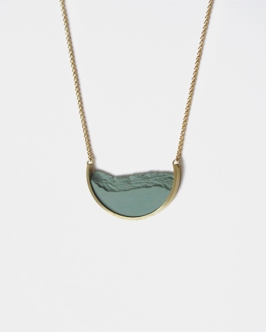 DSNU Gold Half Circle Frame Necklace, Green