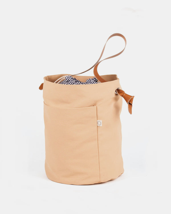 Marin et Marine Noeud Bucket Bag, Nude
