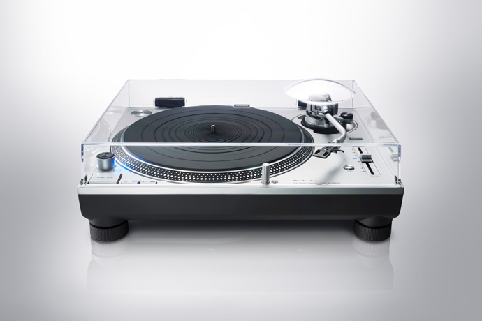 Technics SL-1200 GR Direct Drive Turntable System-Turntable-Audio Den