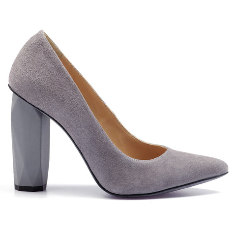 100% leather pump grey