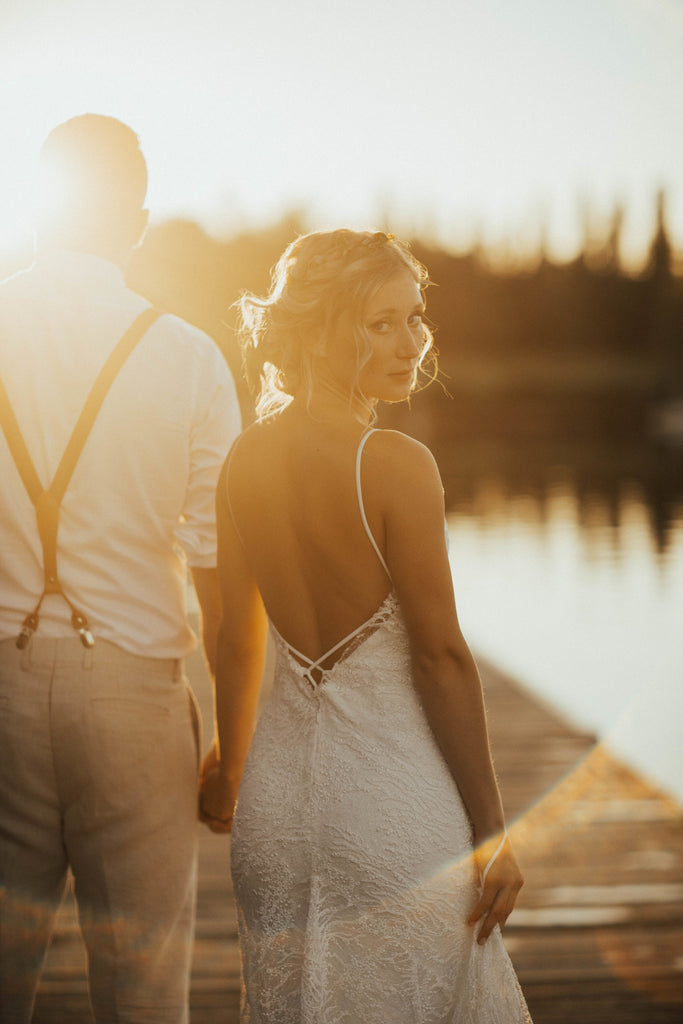 Chloe And Dan S Vancouver Wedding Elika In Love Luxury Bridal